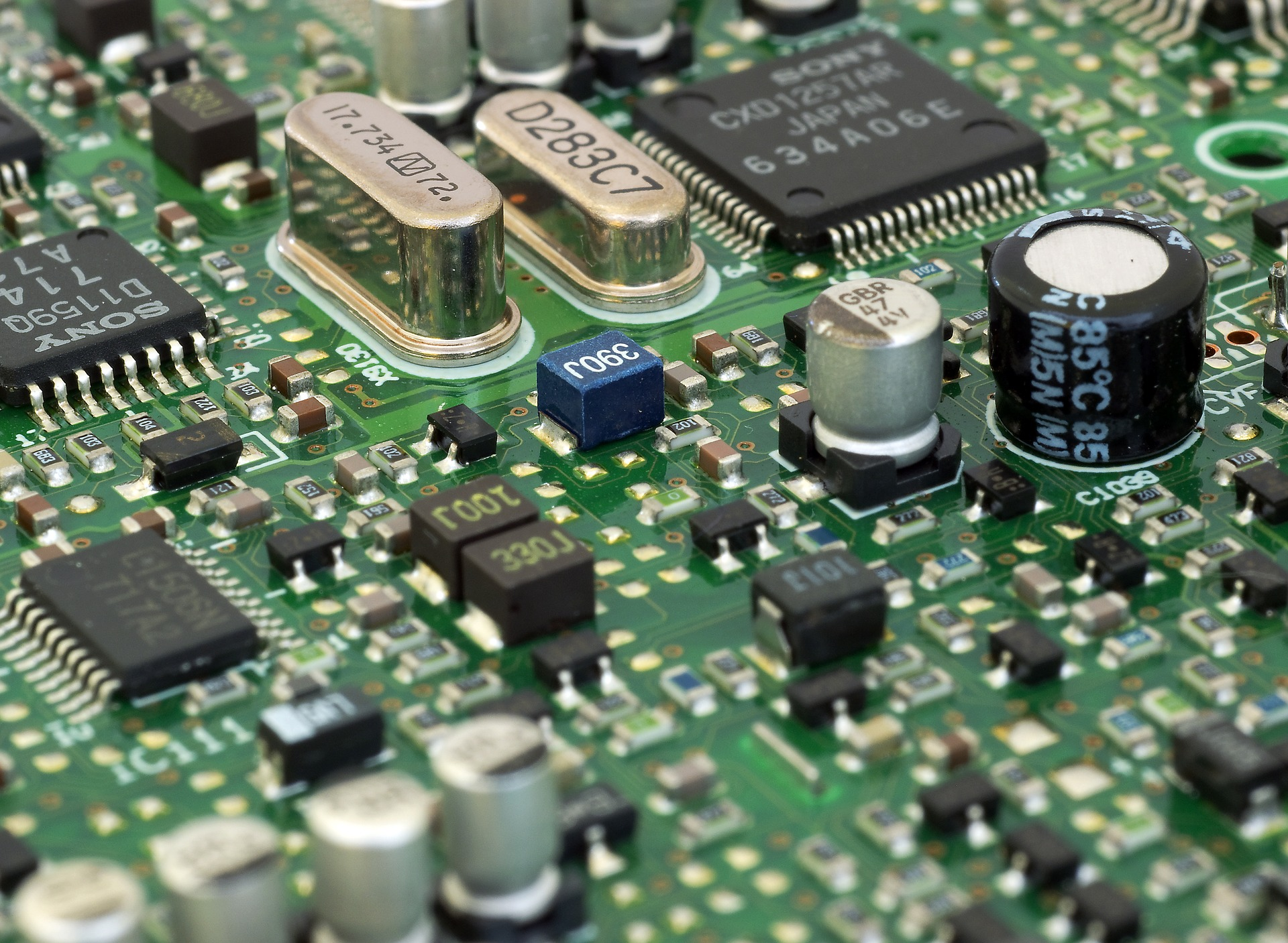 circuit-board-3450410_1920.jpg