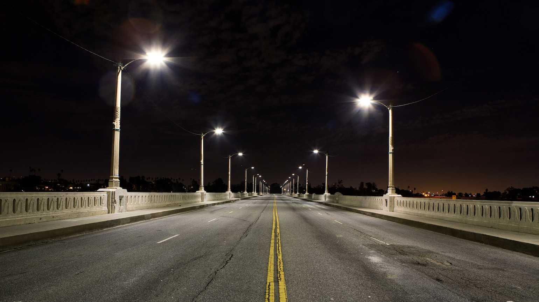 searching_under_a_street_light.jpg