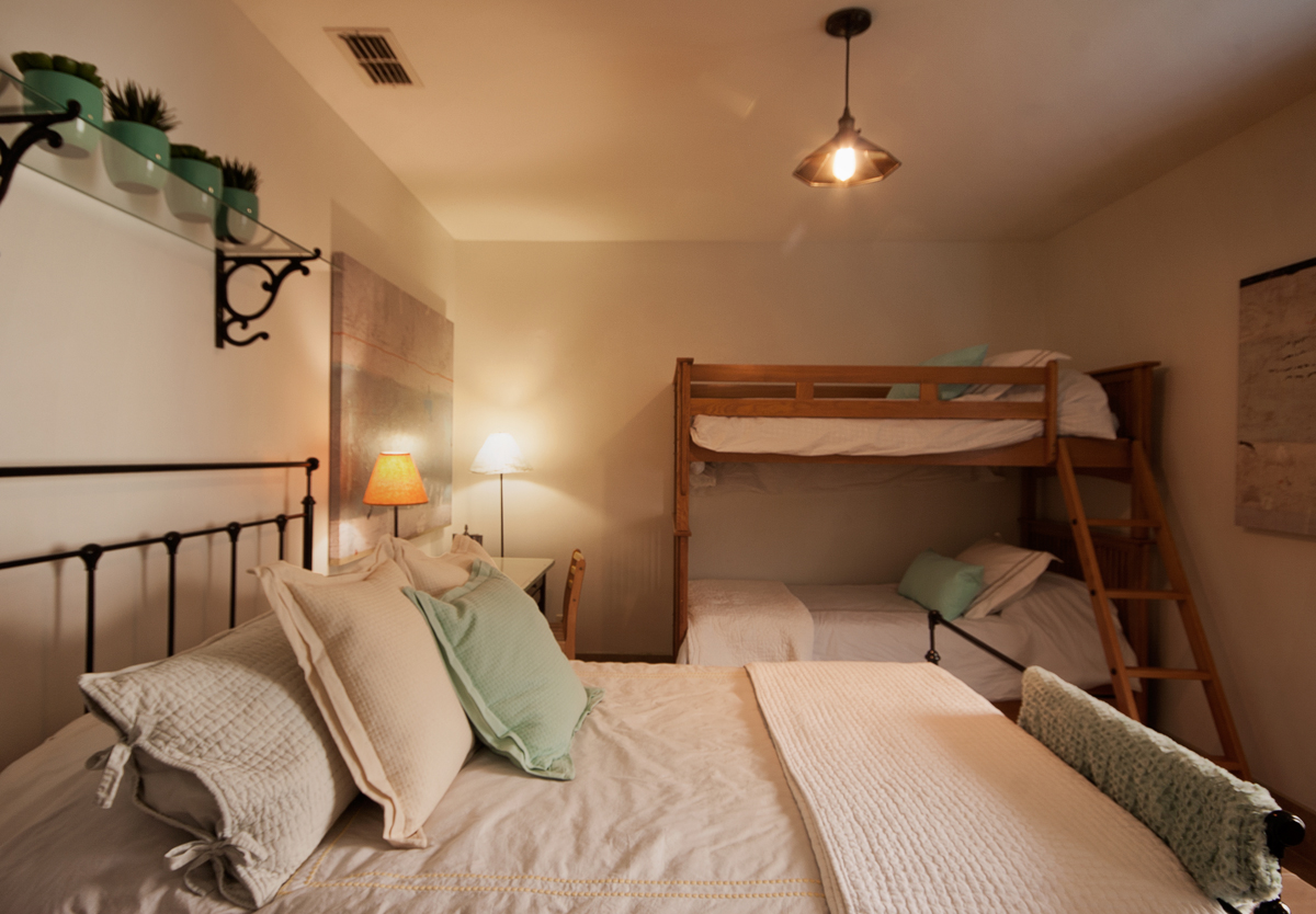 Familia-Bedroom-4.jpg