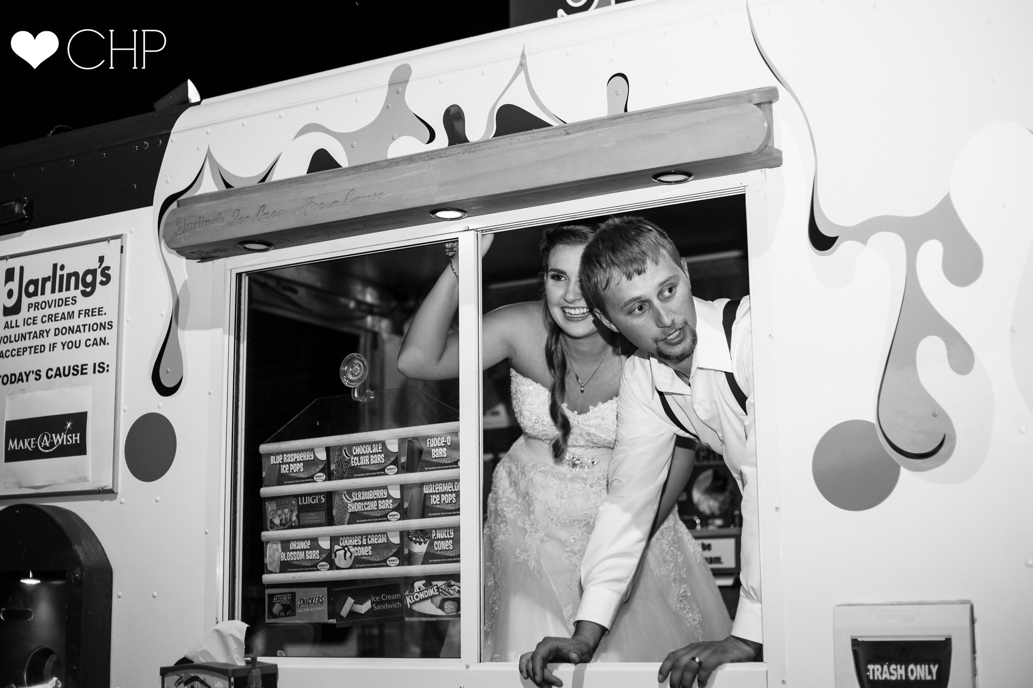 Darlings ice cream truck at a wedding