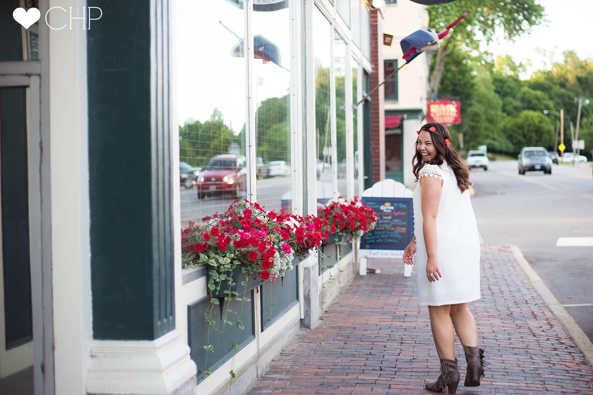Downtown-Hallowell-Maine-Senior-Pictures