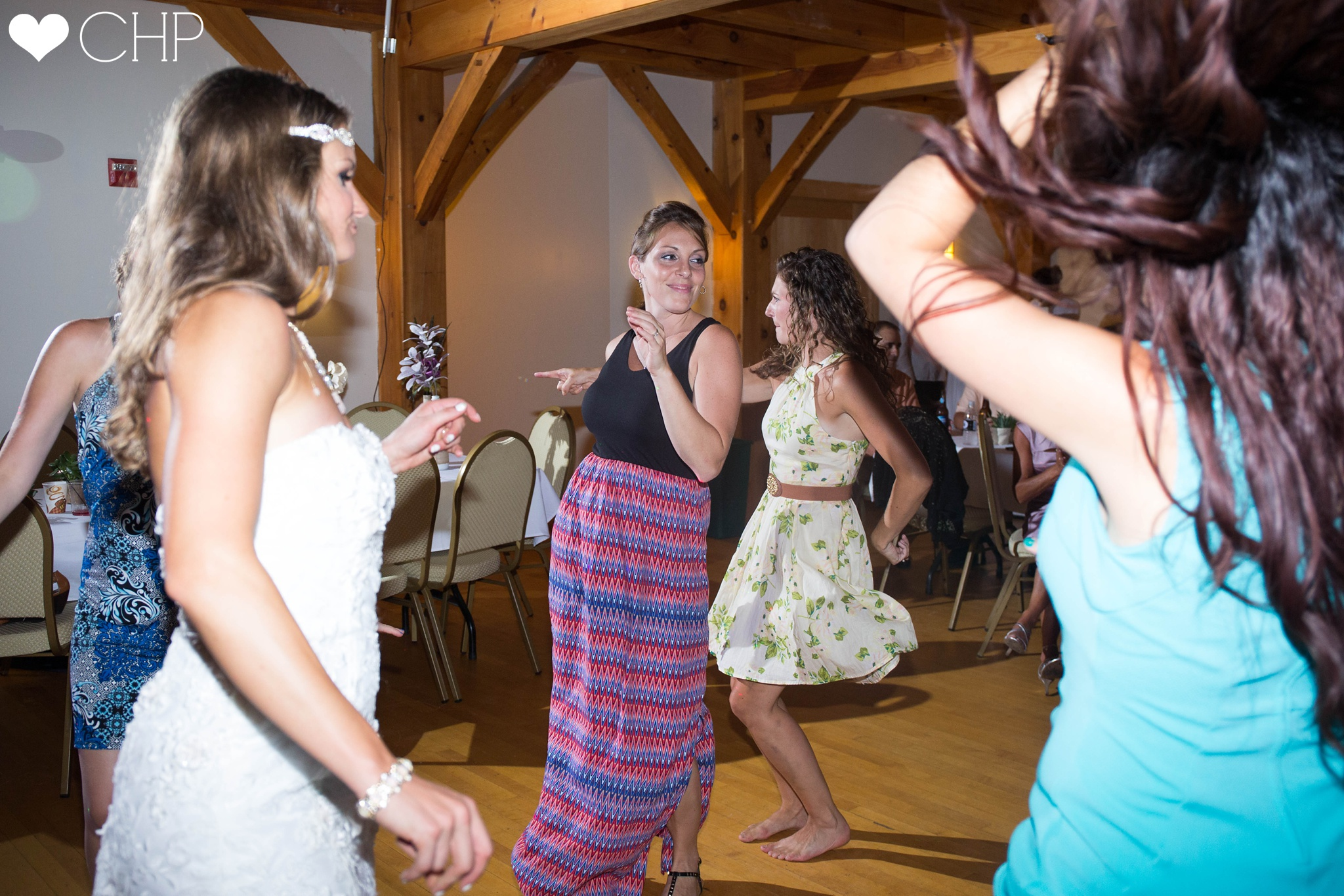 Weddings-at-the-Cliffside-Lodge-Poland-Maine