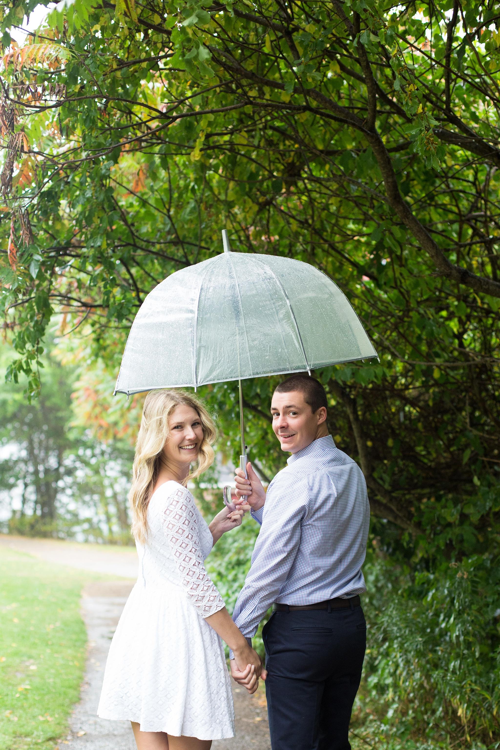 engagement pics in rain