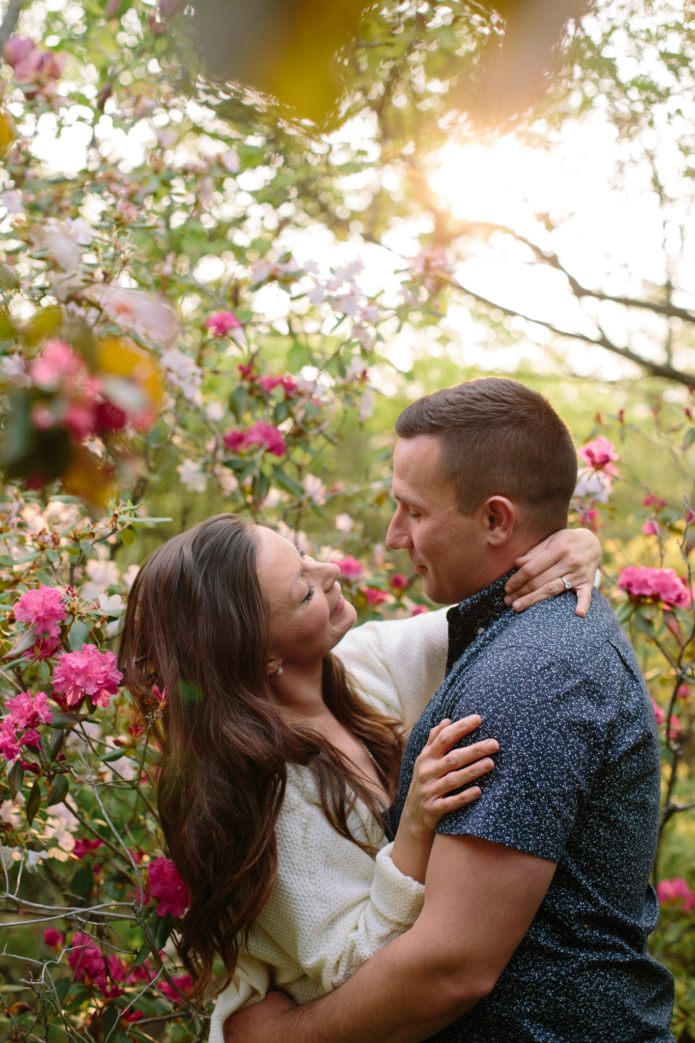 spring time engagement pictures