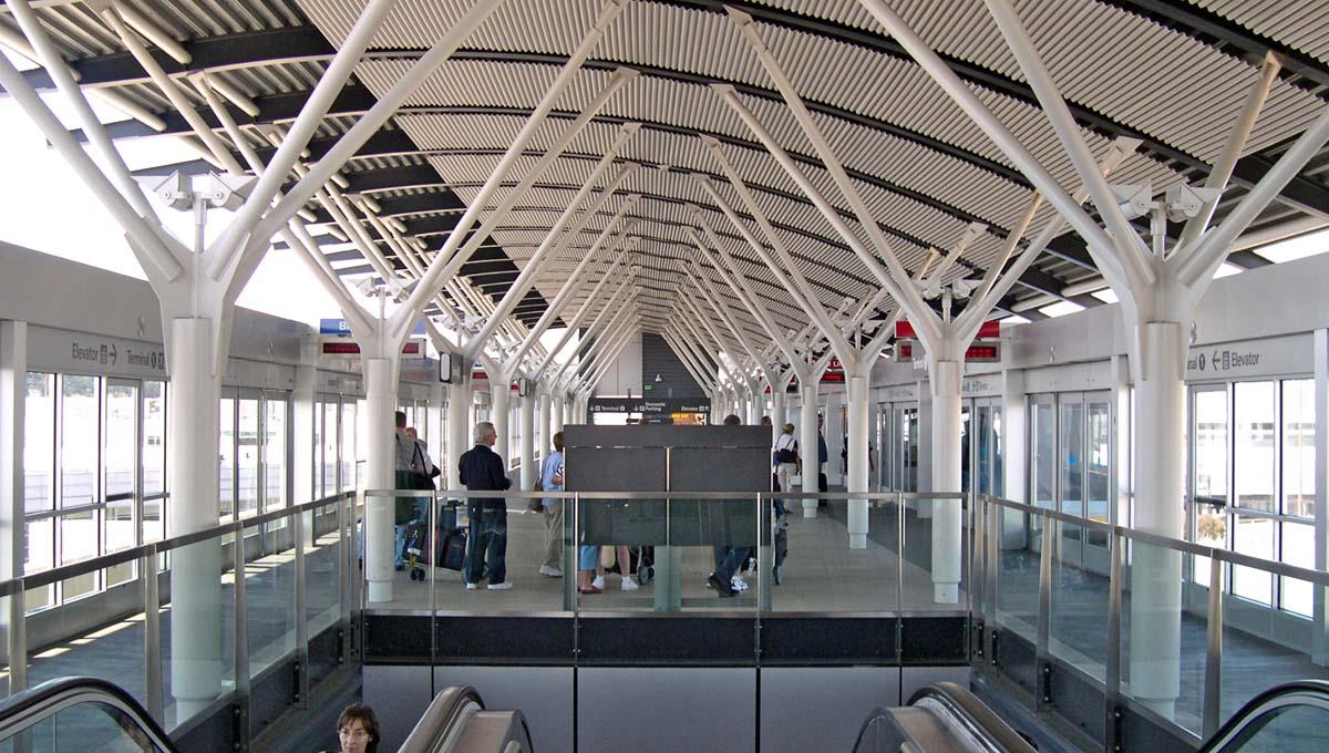 airtrain01.jpg