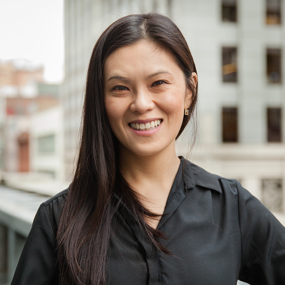 DEBBIE LIN   Debbie brings over 8 years of design experience in a broad range of large-scale domestic and international commercial and mixed-use projects. She's a well-rounded designer whose process emphasizes both rationality and beauty, as well as focuses on the experiential quality of spaces. She received her undergraduate degree at Princeton and a master of architecture at Columbia. In her free time, she enjoys spending time with loved ones, exploring nature, finding inner peace and French bulldogs!