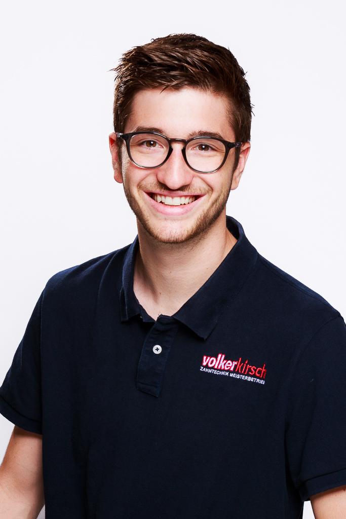 Cedric Kirsch  Zahntechniker