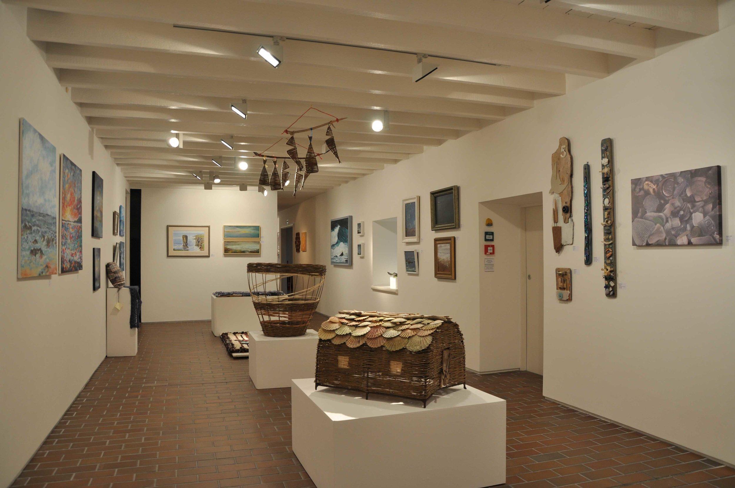 Long-gallery-a.jpg