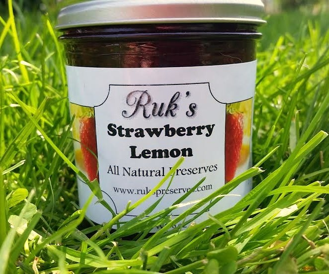 8 oz. Jar                              (May - August)    Strawberry Lemon is a refreshing flavor combination perfect for the spring and summer months and smells just as delicious as it tastes!    Ingredients: Strawberries, Sugar, Lemons, Pectin