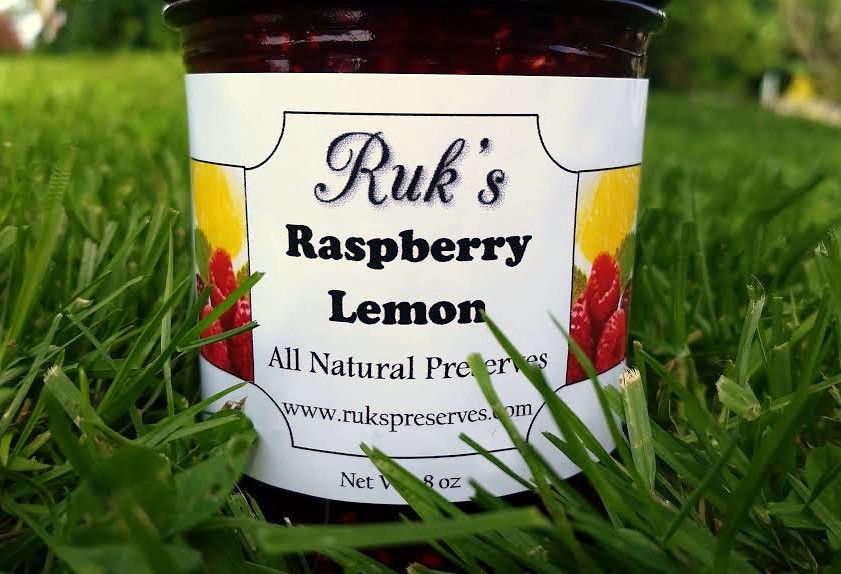 8 oz. Jar                             (May - August)    Raspberry Lemon starts you off with the delicious sweetness of the fresh red raspberries then gives you a great semi- tart lemon finish!    Ingredients: Red Raspberries, Sugar, Lemons, Pectin