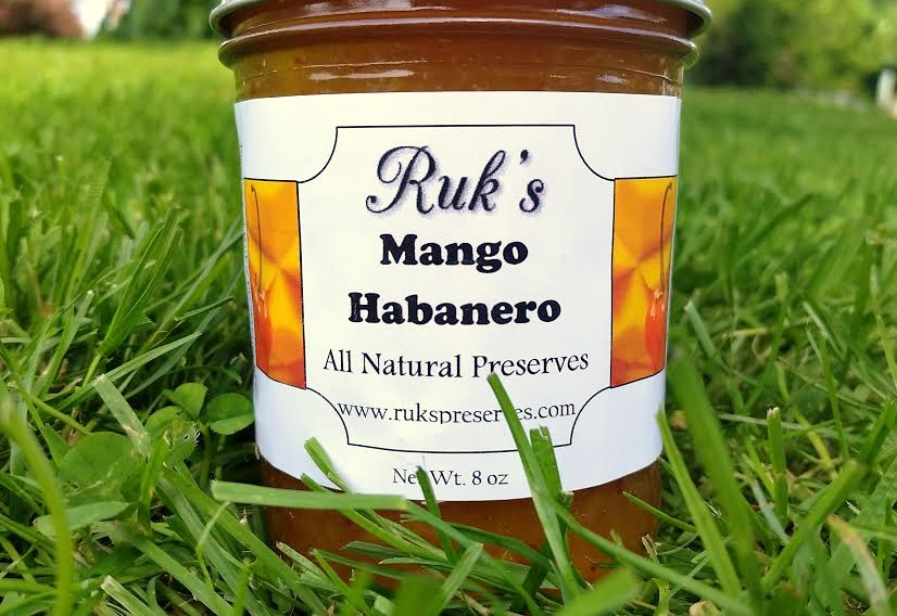 8 oz. Jar                  (May - September)    Mango Habanero is a fantastic flavor combination great as a glaze over grilled meats! The hot pepper connoisseur knows the Habanero may not be the hottest pepper in the world but it can pack some punch so we're not kidding folks when we say...it's hot!    Ingredients: Mangoes, Sugar, Pectin, Organic Lemon Juice, Habanero Peppers