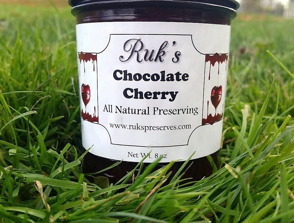 8 oz. Jar                       (June - August)    Enjoy chocolate covered cherries? That's precisely what this flavor tastes like. Use this flavor in your jam filled cupcakes or as a spread between cake layers and turn ordinary to extraordinary.    Ingredients: Sour Cherries, Sugar, Pectin, Cocoa, Organic Lemon Juice