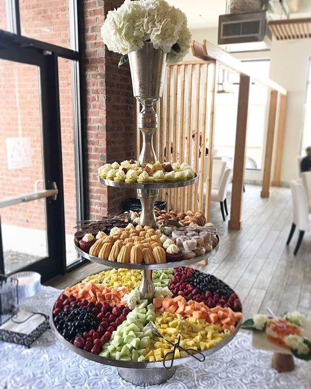 Fruit display anyone? Nikki does it RIGHT at @afamilyaffair.ga