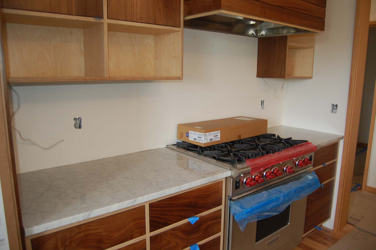 skyline_june_kitchen_01.jpg