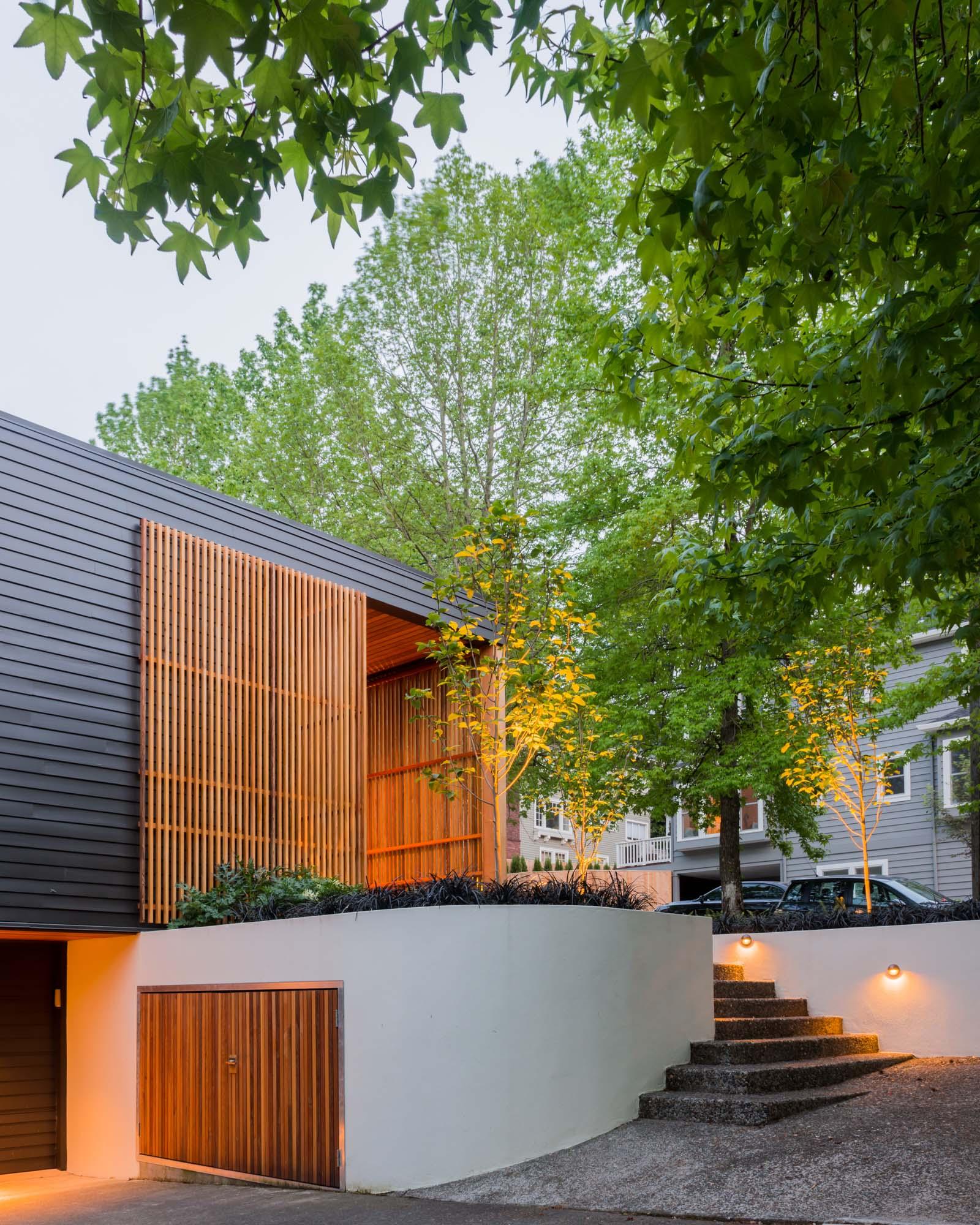 West Hills Modern_Exterior_3.jpg