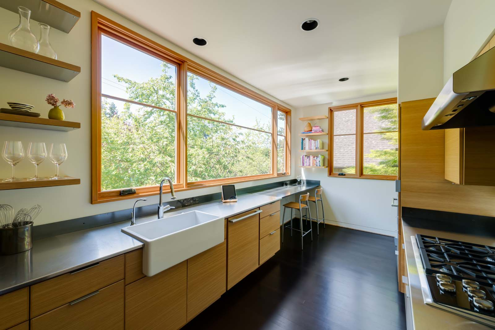 West Hills Modern_Interior_kitchen_1.jpg