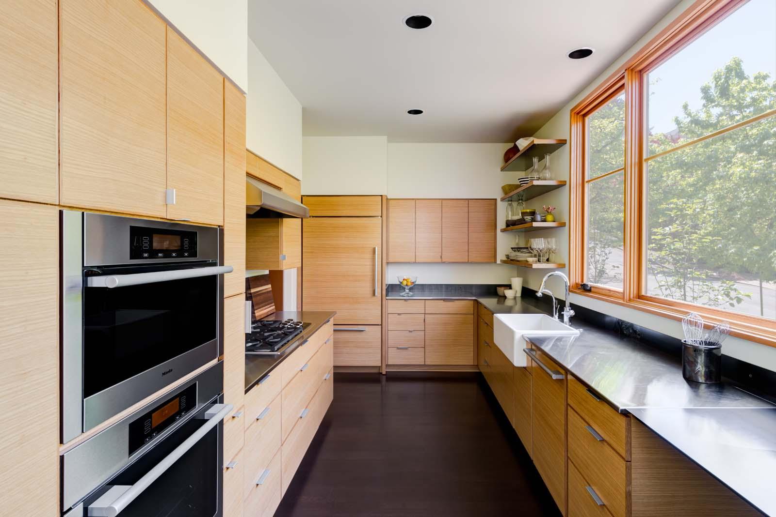 West Hills Modern_Interior_kitchen_2.jpg