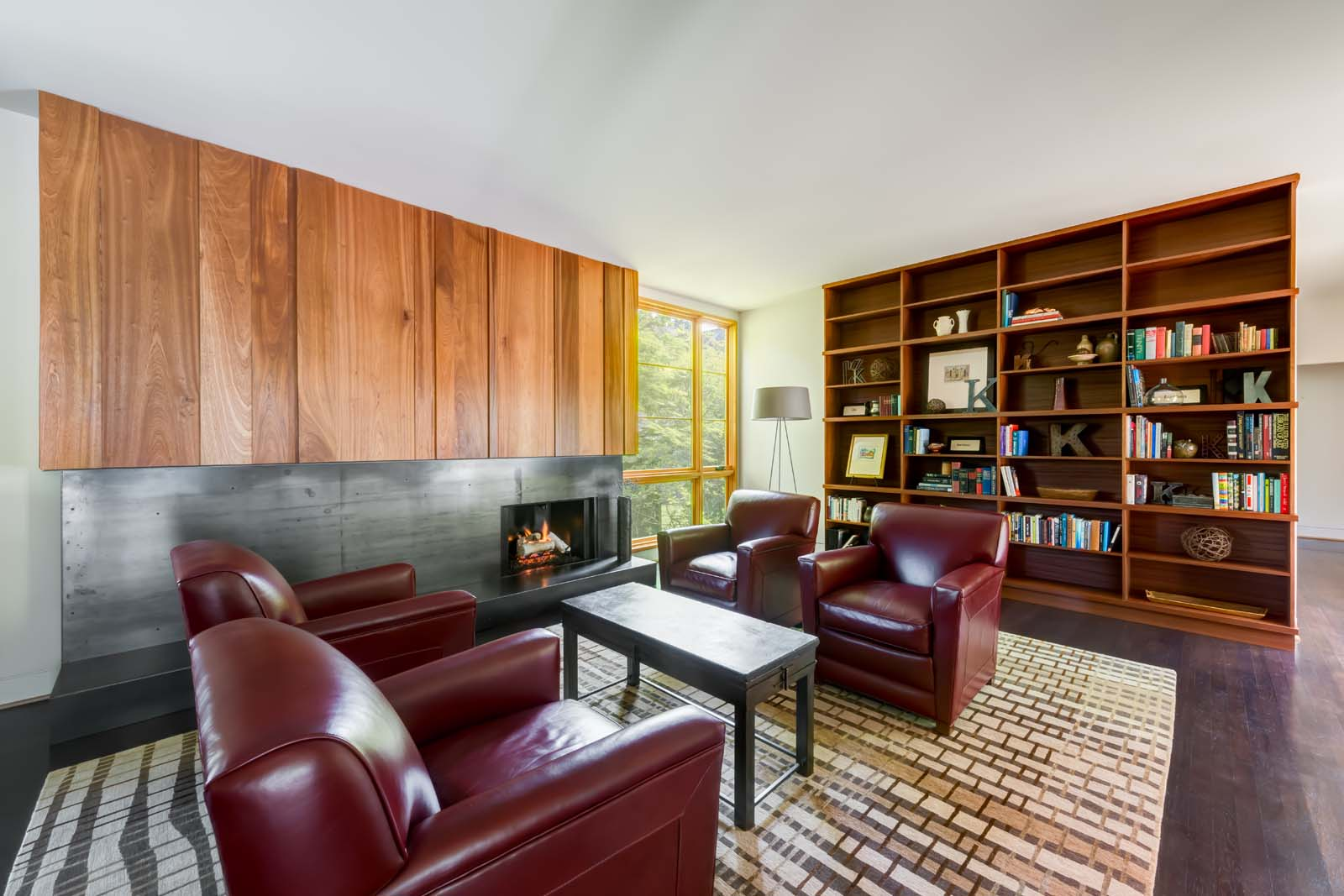 West Hills Modern_Interior_living.jpg