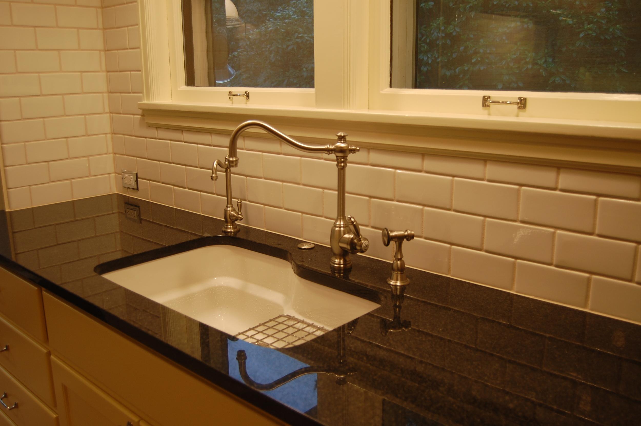vista_kitchen_12.JPG