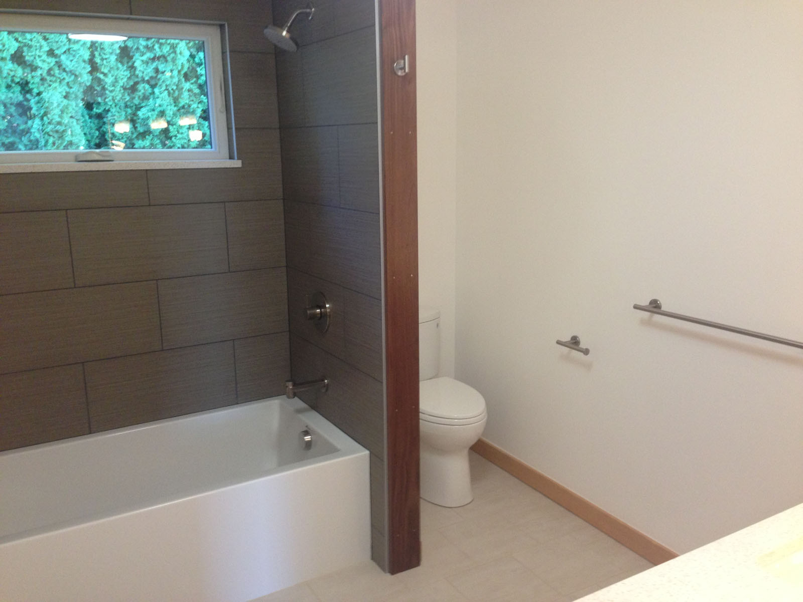 skyline_guestbath_after.jpg