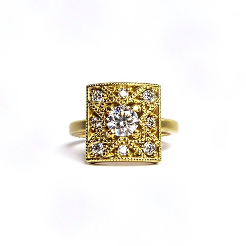 Alternative-Ethical-Engagement-Ring-18k-Gold.jpeg