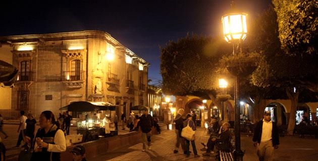 nocturna_jardin_principal_san_miguel _de_allende.jpg