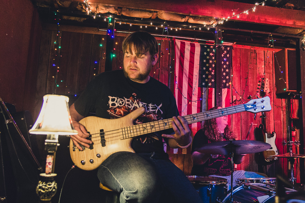 Live at The Red Barn in Peoria, IL. April 2015