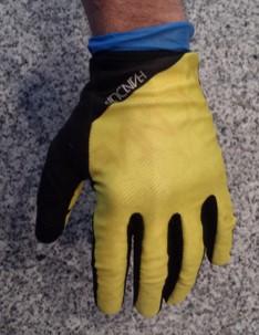 glove finish top.jpg