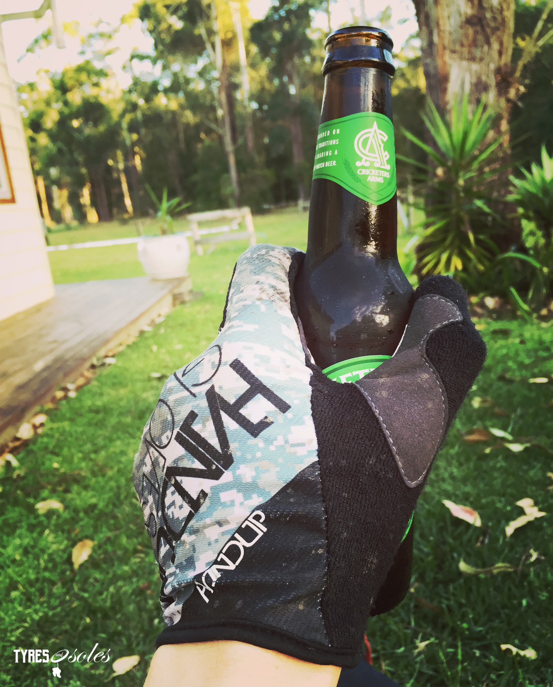 HANDUP GLOVES For grabbin' beers!! Pic: ©Jason Lorch