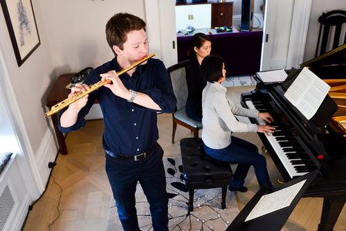 Karl-Heinz Schutz NYC solo recital in 2015