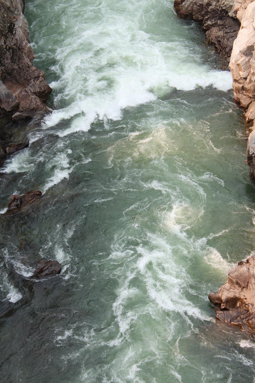 yellowstone+river.jpeg
