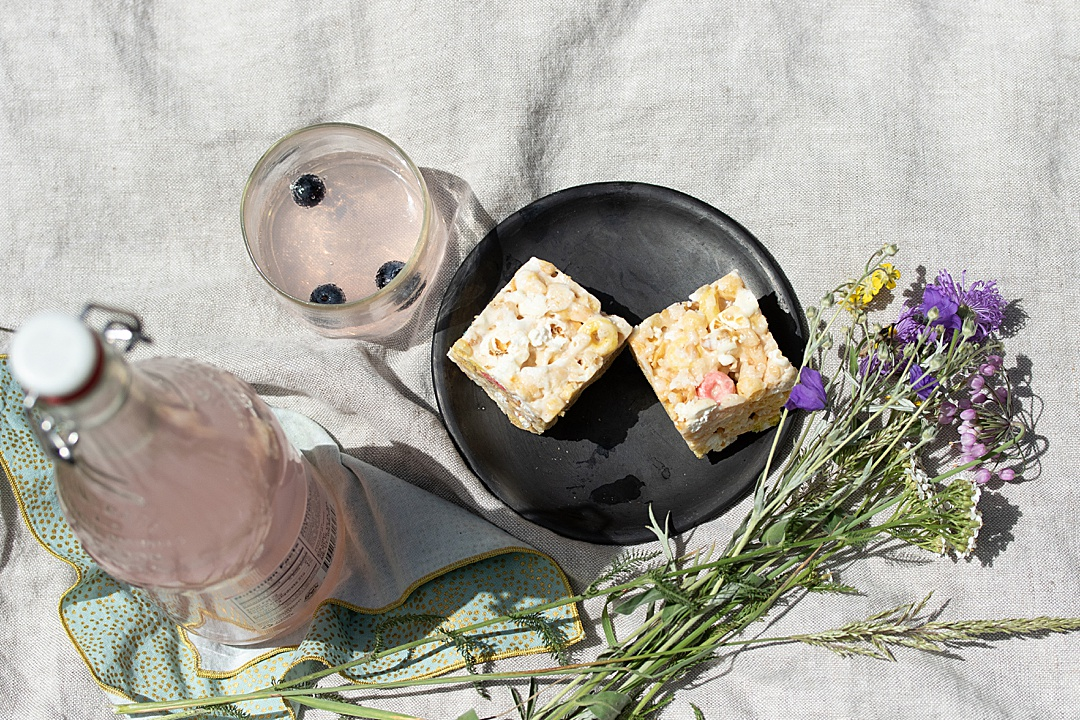 A Summer Picnic with Lady Krispie