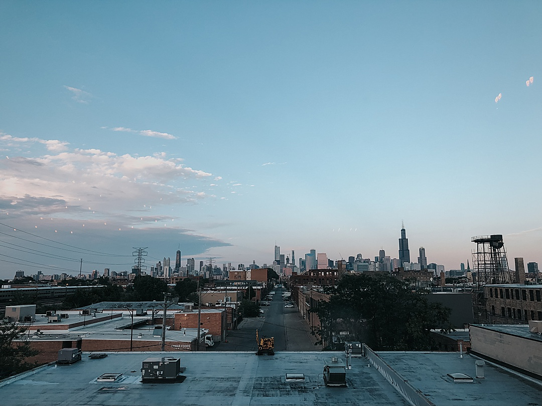 The view of the Chicago Skyline from the west side wedding reception venue.