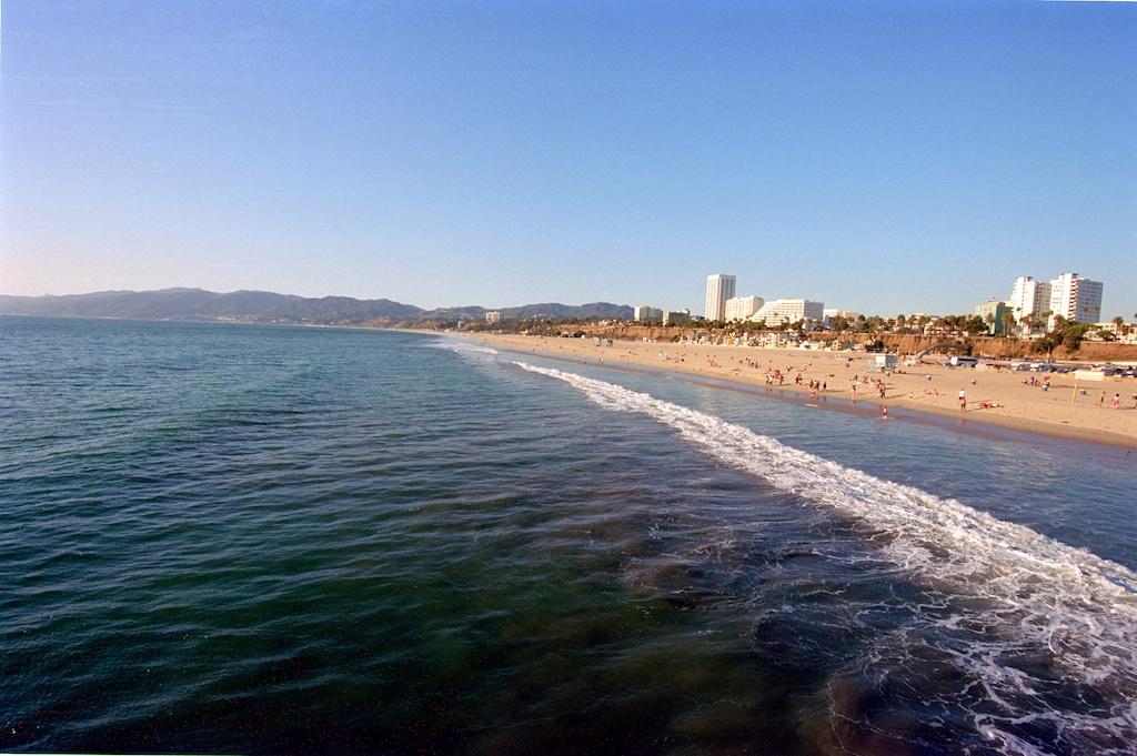 Santa Monica Pier Kodak Ektar  003