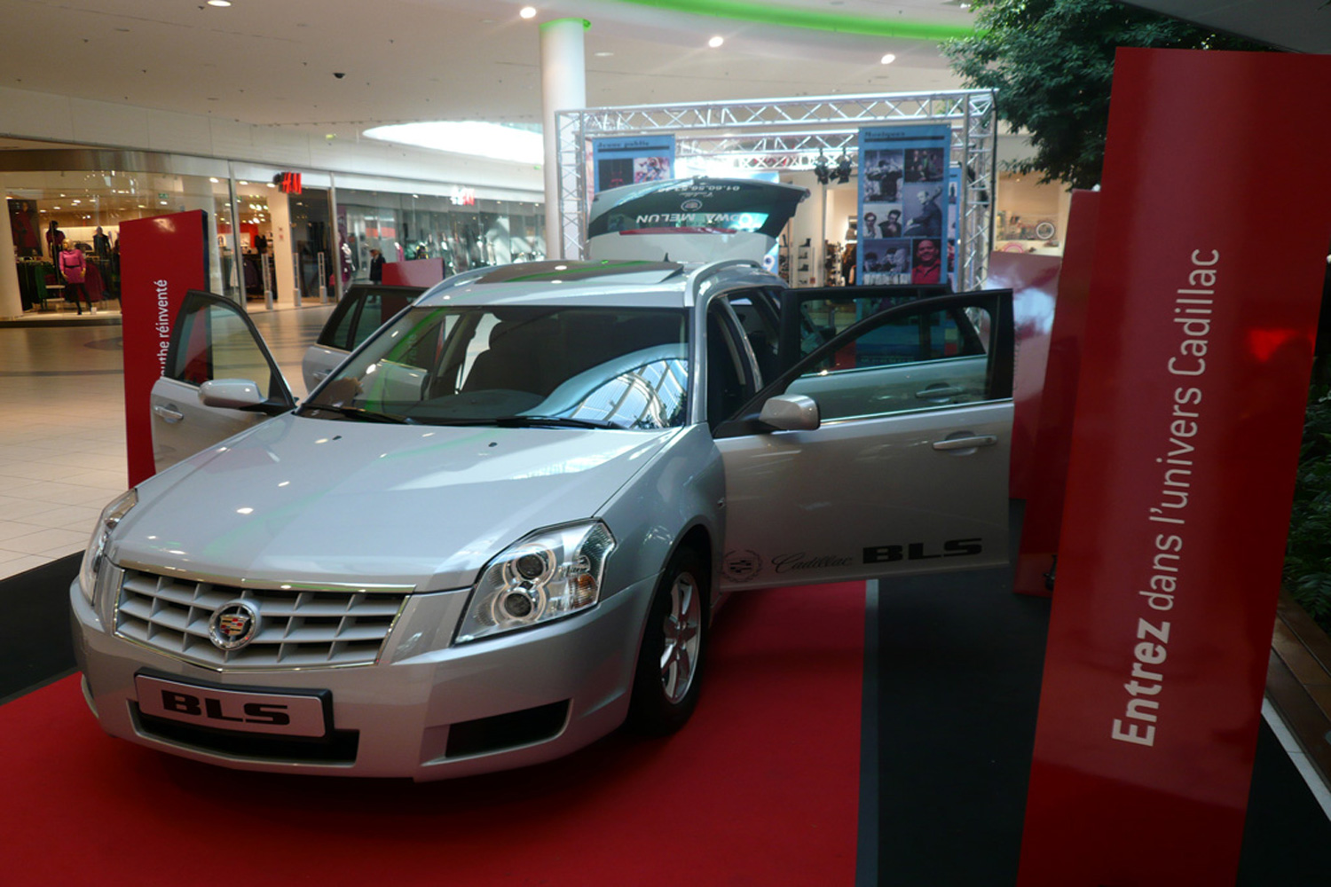 CadillacProject2008>stage3.jpg