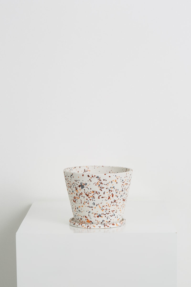 Capra+Designs_Small_pot_-_Terrazzo_-_White-min.jpg