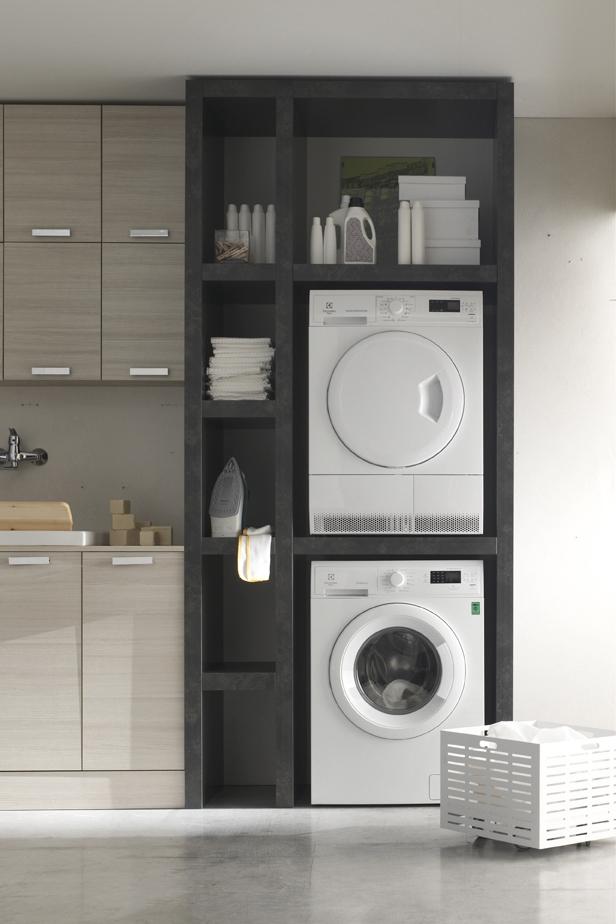 Porta lavatrice/asciugatrice - Oltre alle classiche colonne, Arcom offre la possibilità di creare delle strutture su misura per lavatrice e asciugatrice, o per riporre i prodotti, sfruttando al meglio gli spazi.