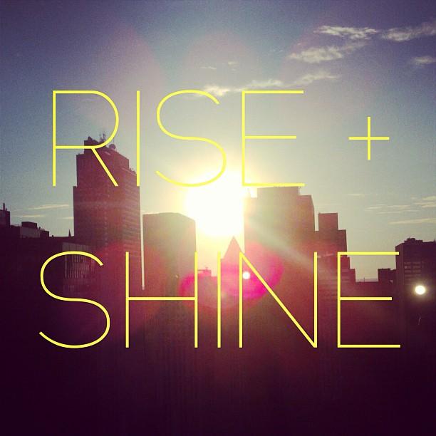 Happy #Thursday everyone! Make it a great day! #goodmorning #sunrise #riseandshine #city #beautiful #motivation #dowork #nyc #GMP