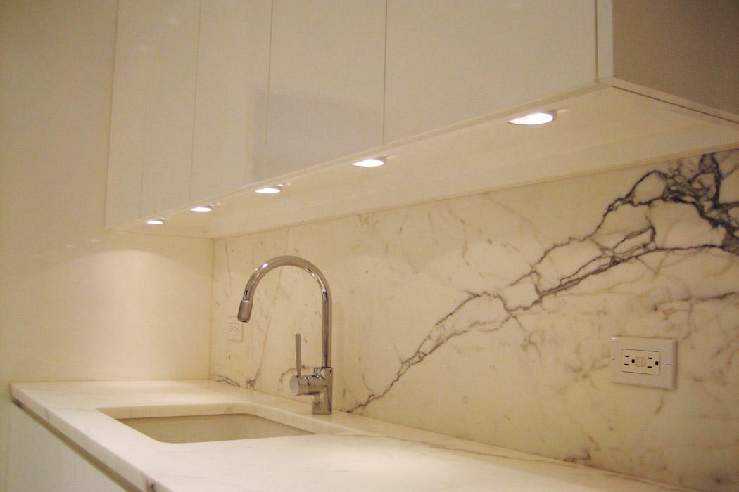 kitchenMarbleLacquer-01.jpg