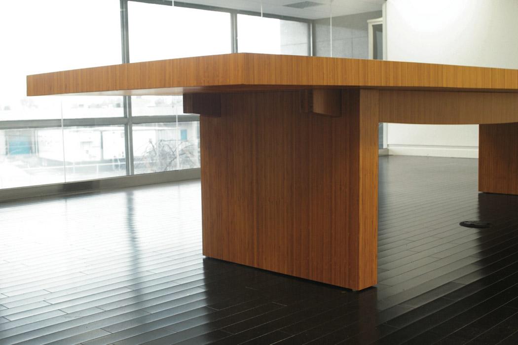 conferenceTable-01.jpg