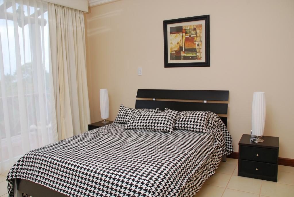 Casa Cinco Bedroom 2A.JPG