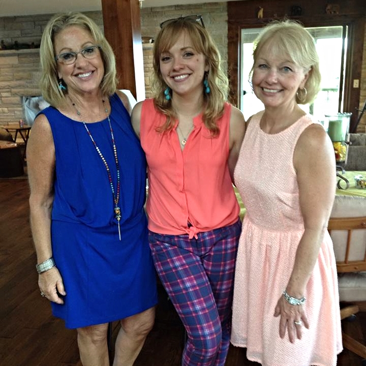 Me with the moms. We all kinda look alike!