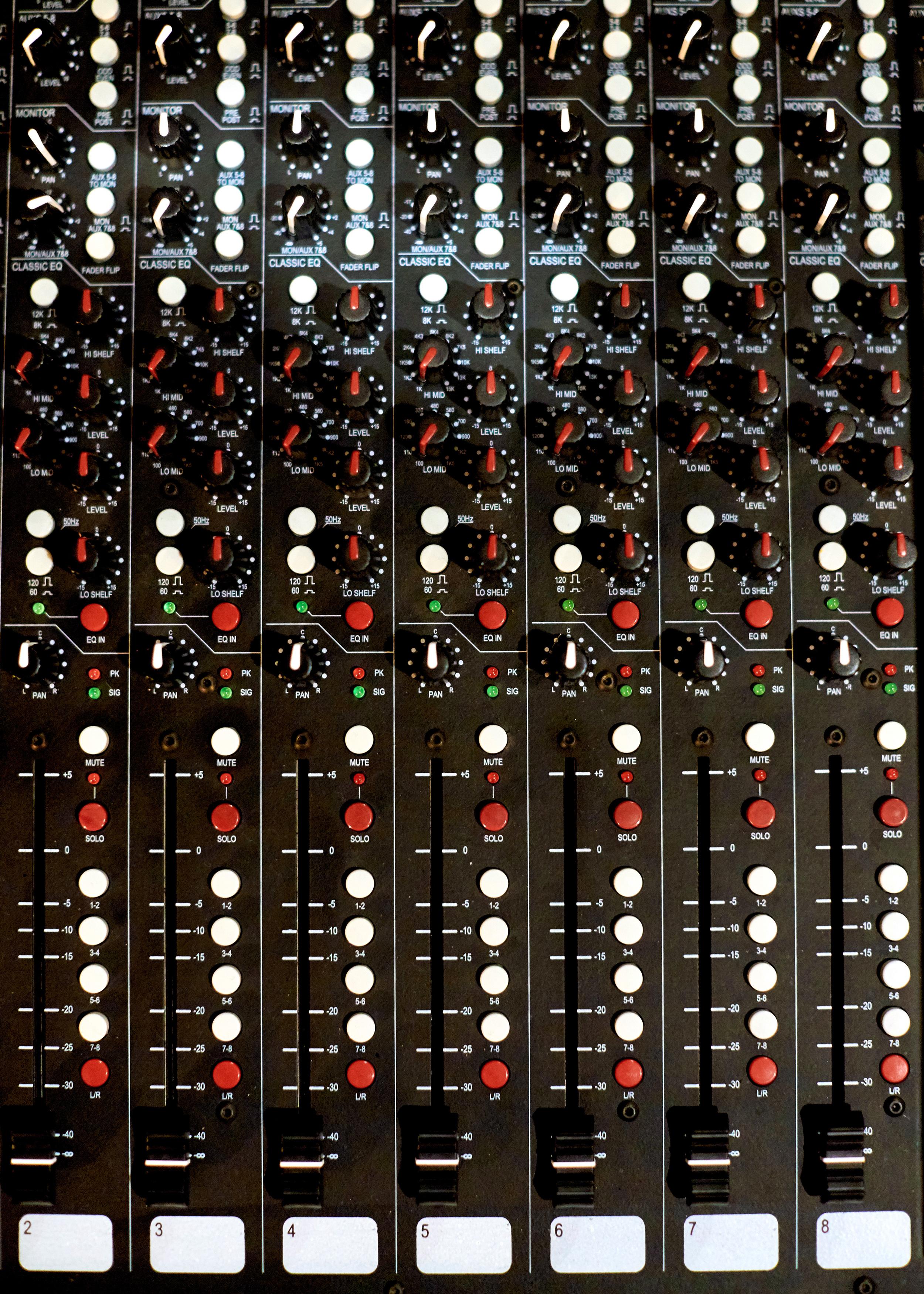 nfay-studio65-050.JPG