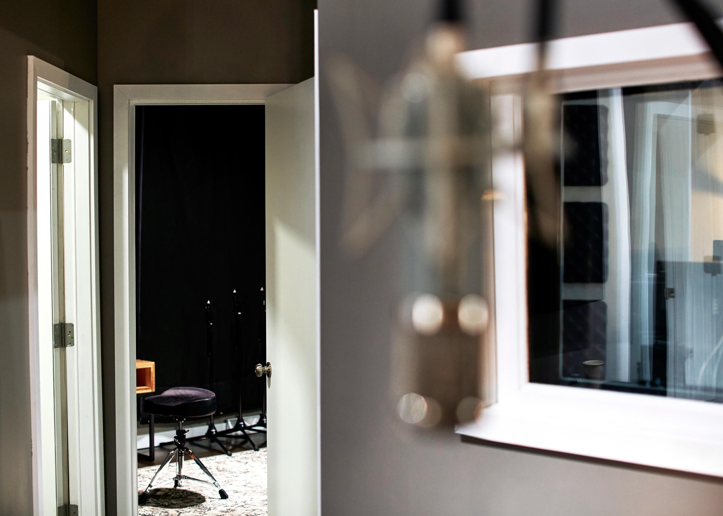 nfay-studio65-086.JPG