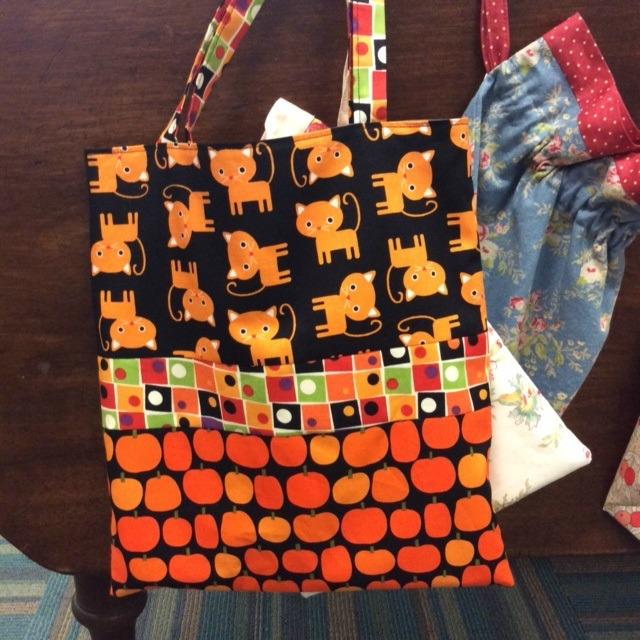 Trick-or-Treat Bag   (uses fat quarters or scraps)