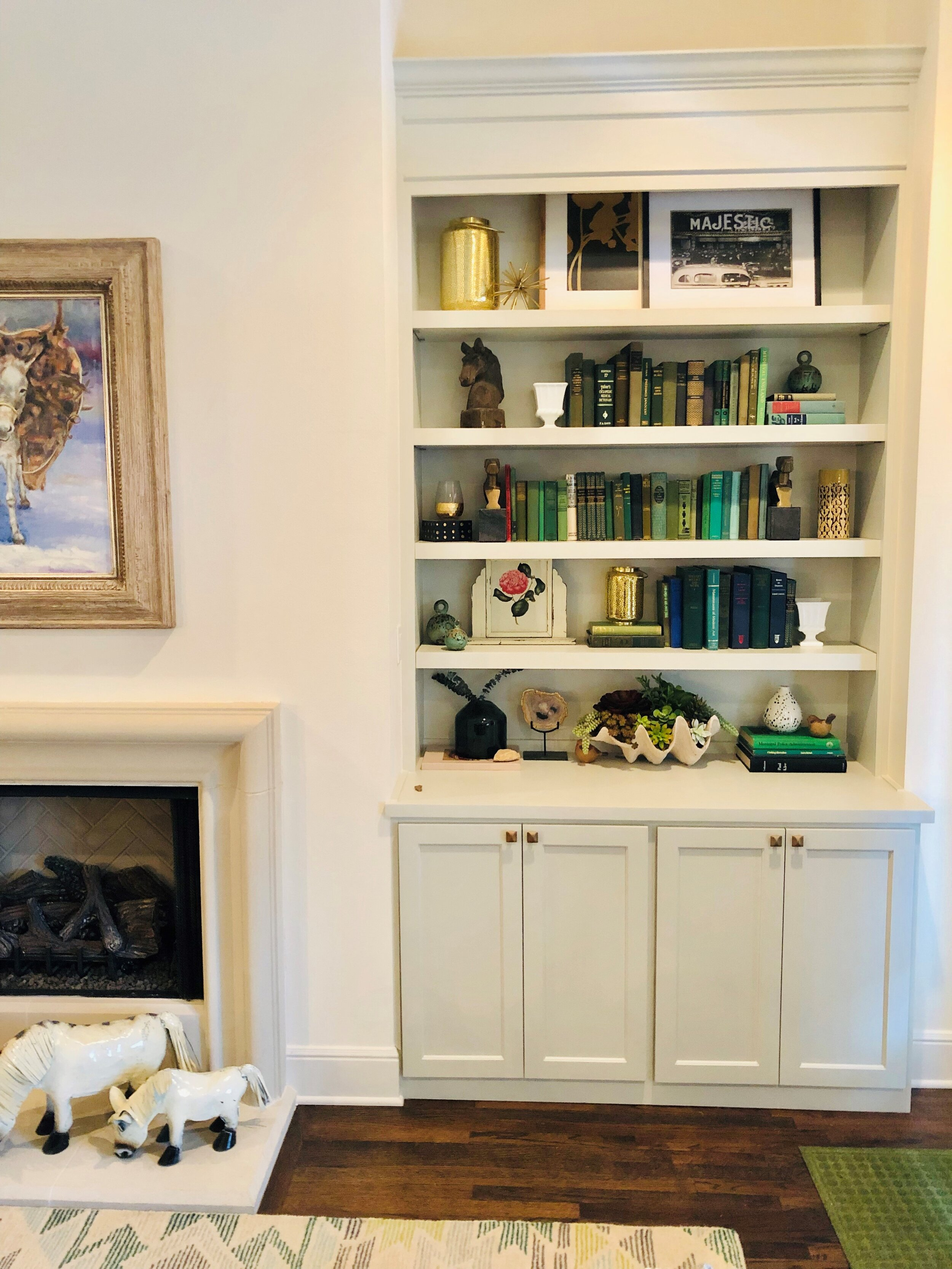 208 Summersby - Bookcases 2.jpg