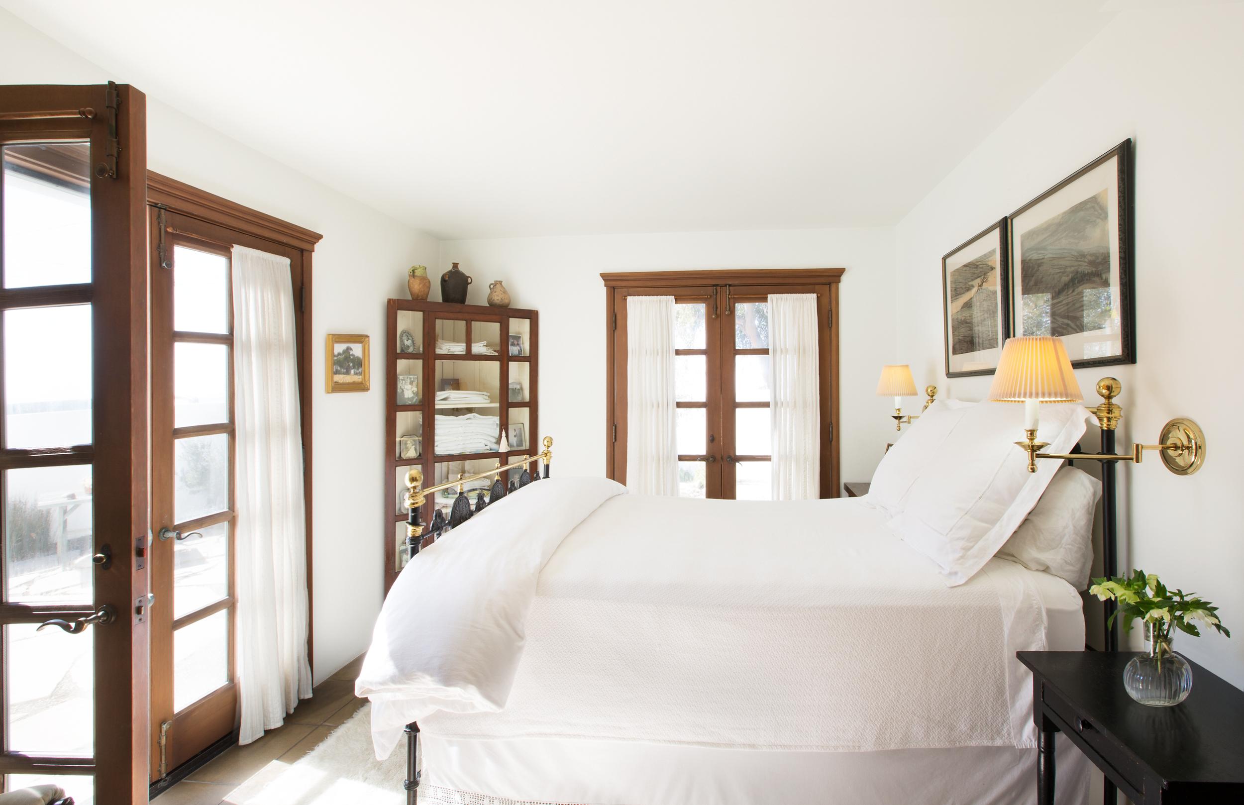 VILLA JAQUA - MASTER BEDROOM