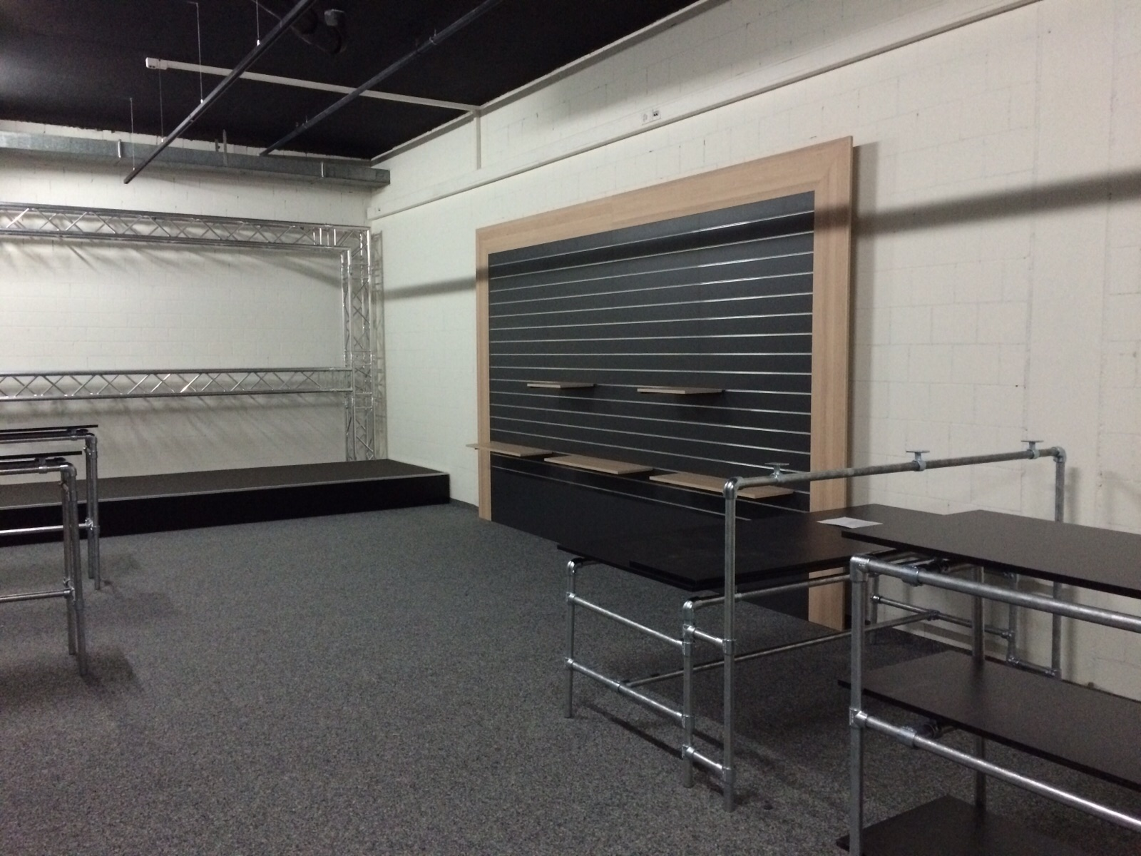 Brack Showroom Baustellenbericht 20150911 (9).JPG