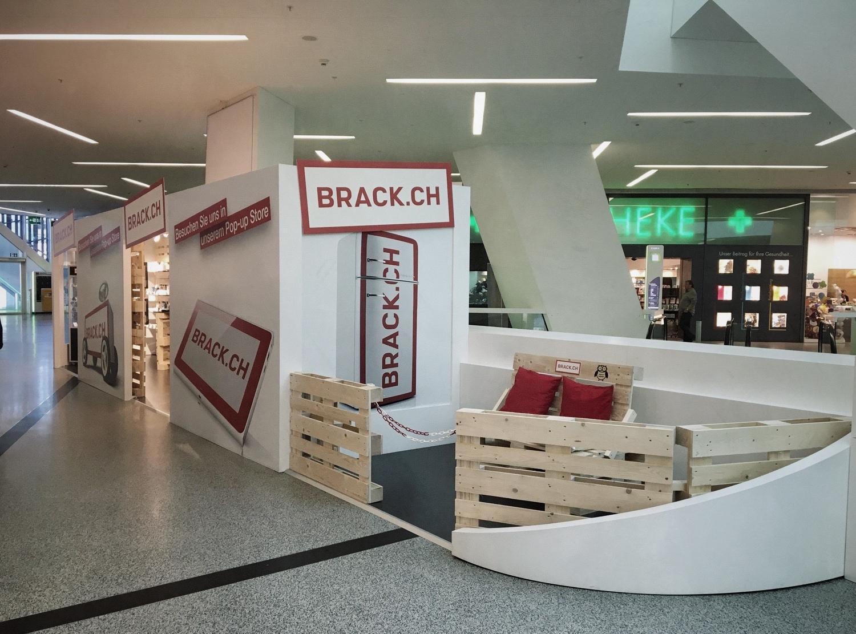 PENGland AG_Brack Pop Up Store_Westside (8).JPG
