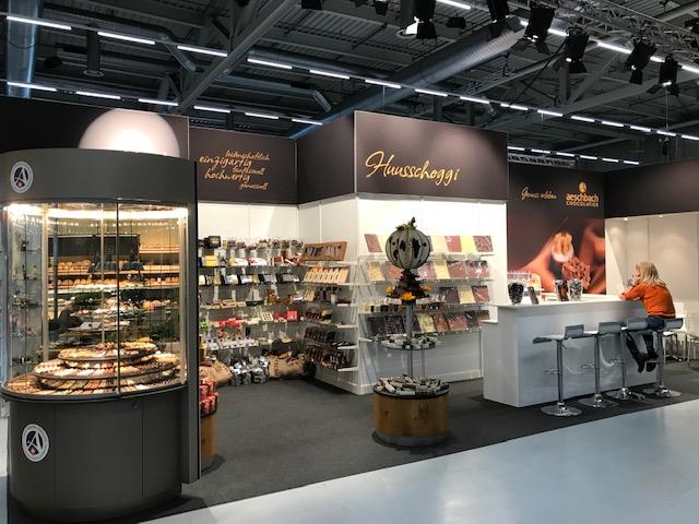 Aeschbach_Chocolatier_FBK 2019 PENG_Erlebnisarchitektur_1.jpg
